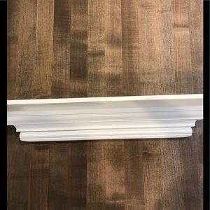 Pottery Barn Wall Art - Pottery Barn white wood picture shelf❤️❤️❤️❤️